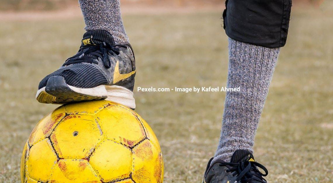 Find den bedste crosstrainer til at holde fodbold formen